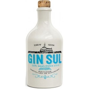 Gin Sul Dry Smaal Batch     From Germany su www.maccaninodrink.com